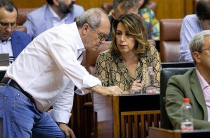 """PSOE-A niega debate sobre el futuro de Díaz tras los ERE: """"Hay total coordinación con Ferraz, lo demás son milongas"""""""