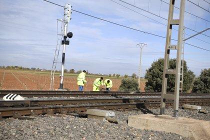 Un exceso de velocidad, posible causa del accidente férreo de Manzanares que deja dos muertos