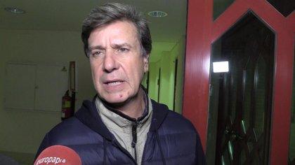 Cayetano Martínez de Irujo, muy enigmático en el quinto aniversario sin la Duquesa de Alba