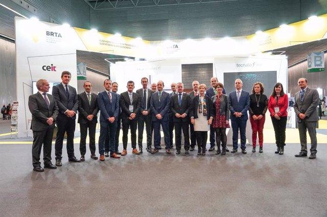 El lehendakari, Iñigo Urkullu, y la consejera de Desrrollo Económico e Infraestructuras, Arantxa Tapìa, asisten a la inauguración del congreso Basque Industry 4.0 en el BEC.