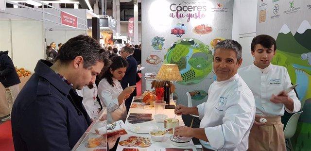 COMUNICADO: La Torta del Casar presente una vez más en el Frum Gastronmic Barc