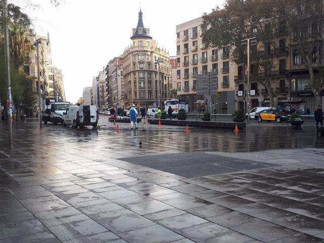Plaça Universitat de Barcelona després del desallotjament de l'acampada