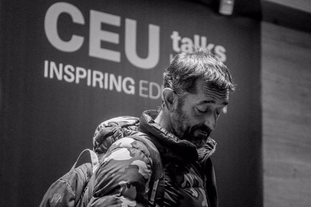El doctor Pedro Cavadas, en el encuentro CeuTalks