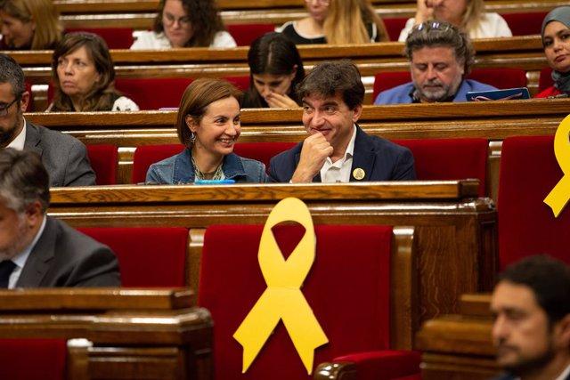 Anna Caula i Sergi Sabri (ERC) en el ple del Parlament