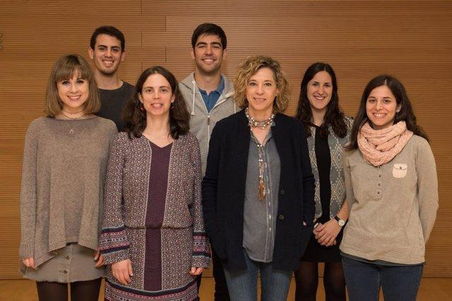 El Grupo de Investigación de Quinasas y Fosfatasas en Función y Disfunción neuronal liderado por Esther Pérez Navarro