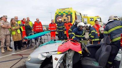 Más de un centenar de efectivos prueban los mecanismos de respuesta ante emergencias en CLH Rota (Cádiz)