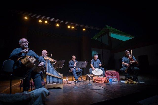 Huelva.- El músico cubano Eliades Ochoa y el grupo 'Artefactum', en el Otoño Cul