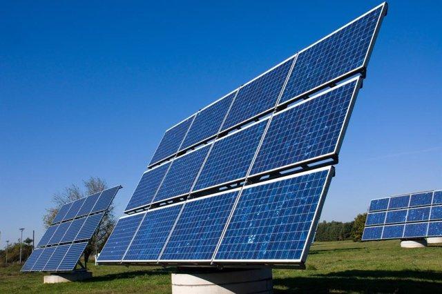 Placa fotovoltaica.