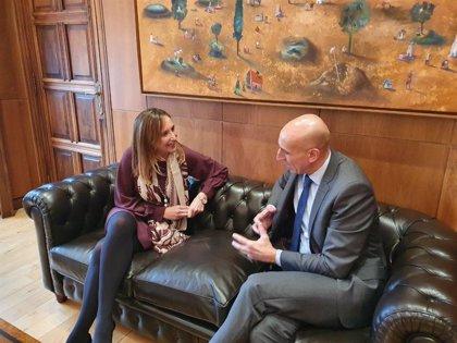 """El alcalde de León y la nueva directora del Incibe quieren convertir a la ciudad en un """"referente en ciberseguridad"""""""