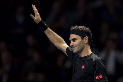 Federer gana a Zverev en su primer partido de exhibición en Latinoamérica