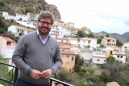 Martín (Ciudadanos) dice que expresó su apoyo a Hervías porque lo vio pertinente y porque valora su labor en Cs