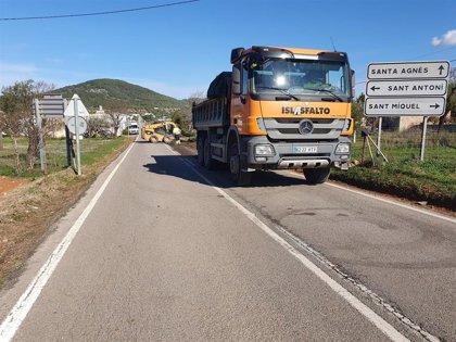 El Consell de Ibiza ejecuta mejoras en carreteras de la red insular por importe total de 1,8 millones de euros