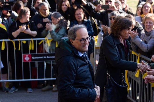 El president de la Generalitat, Quim Torra, al costat de la seva dona Carola Miró, al Tribunal Superior de Justícia de Catalunya. Catalunya (Espanya), 18 de novembre del 2019.