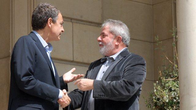 """El presidente del Gobierno, José Luis Rodríguez Zapatero, y el ex presidente de Brasil Luiz Inácio Lula da Silva en 2011 reafirman su compromiso y voluntad de seguir manteniendo unas relaciones de cooperación y amistad """"fuertes y fructíferas"""""""