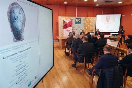 """La UC, el Gobierno y el Banco Santander renuevan su """"compromiso"""" con el IIIPC"""