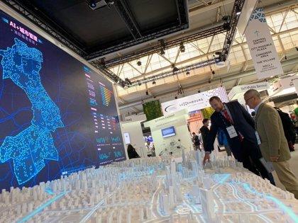 El Ayuntamiento de Murcia busca alianzas en Barcelona para avanzar en su proyecto de ciudad inteligente