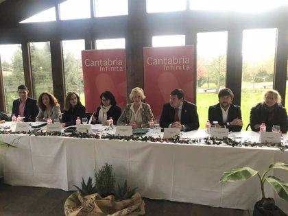"""Lombó trabajará con el sector para consolidar a Cantabria como """"destino de excelencia"""""""