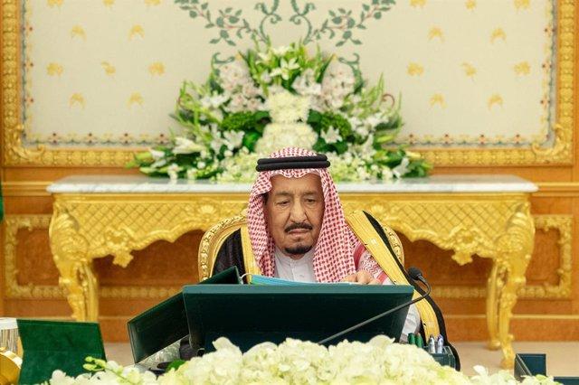 Yemen.- El rey de Arabia Saudí expresa su deseo de lograr una solución política