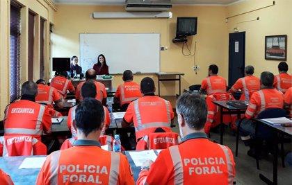 La Escuela de Seguridad y Emergencias de Navarra forma a 29 policías como especialistas en transporte