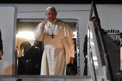 """Papa Francisco.- El Papa en Tailandia: """"¡Un joven no se puede jubilar a los 20 años, tiene que estar caminando!"""