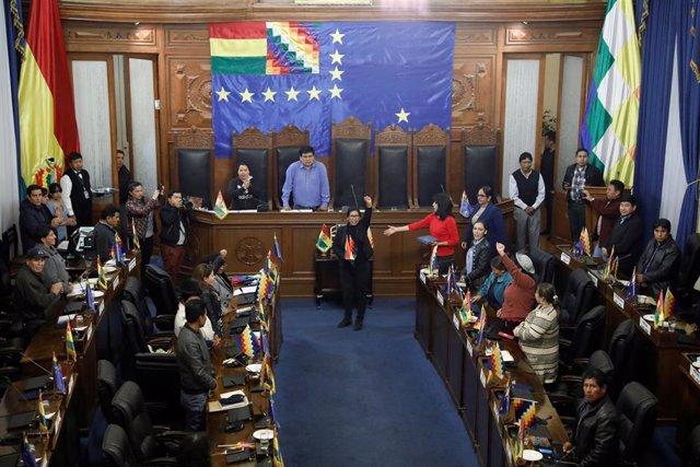 Eva Copa Murga, del MAS, en el momento de su elección como presidenta del Senado