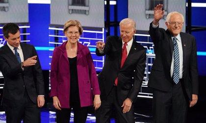 Los precandidatos demócratas se enfrentan en su quinto debate con Trump como enemigo común