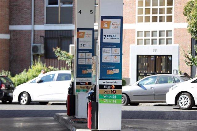 Imagen de una gasolinera de Madrid.