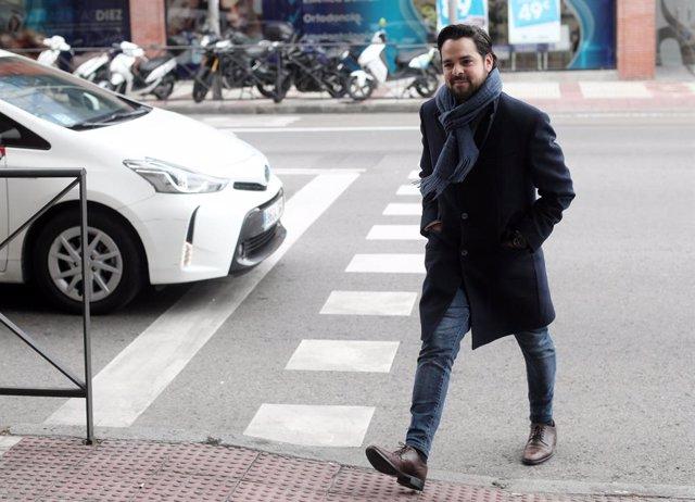 El secretari de Comuniació de Ciutadans, Fernando de Páramo, quan arribava a la reunió de la junta executiva del partit després dels mals resultats en les eleccions generals del 10-N, Madrid (Espanya), el 11 de novembre del 2019.