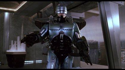 Robocop Returns ya tiene nuevo director
