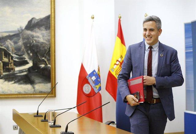 Pablo Zuloaga, vicepresidente y portavoz del Gobierno de Cantabria en rueda de prensa para informar de los acuerdos del Consejo de Gobierno