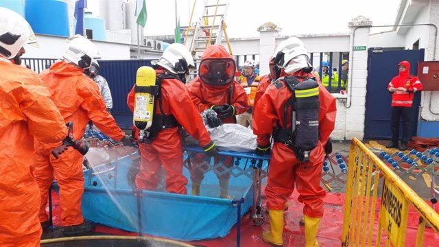 Imagen del simulacro de fuga tóxica llevado a cabo en Albolote