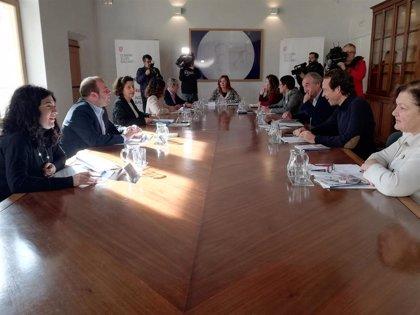 El Govern creará tres foros de diálogo sobre sostenibilidad económica, ambiental y social