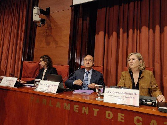 El president del TSJC, Jesús María Barrientos, compareix en la Comissió de Justícia del Parlament.
