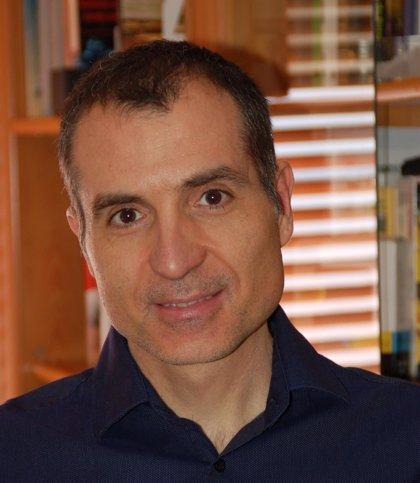 Un investigador de la UA repite como uno de los científicos más influyentes del mundo