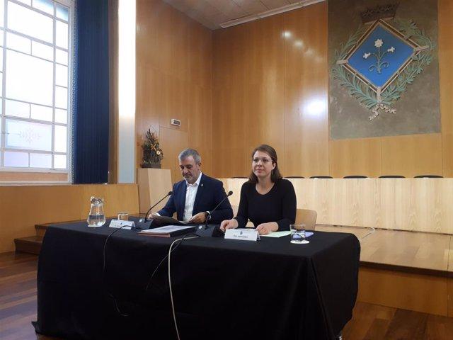 El primer tinent d'alcalde de Barcelona, Jaume Collboni, i la tinent d'alcalde d'Urbanisme, Janet Sanz.