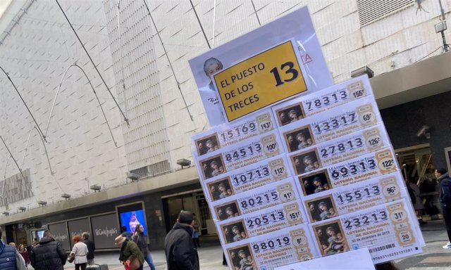 Décimos de Lotería de Navidad de la Administración de Doña Manolita, en Madrid (España), a 18 de noviembre de 2019.