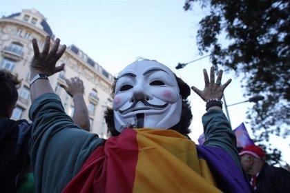 Una decena de manifestantes en el 'Rodea al Congreso' de diciembre de 2013 se enfrentan a 6 años de cárcel cada uno