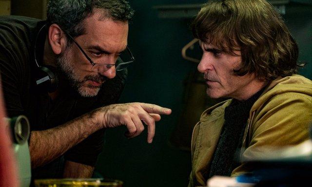 Tod Philips junto a Joaquin Phoenix en el rodaje de Joker
