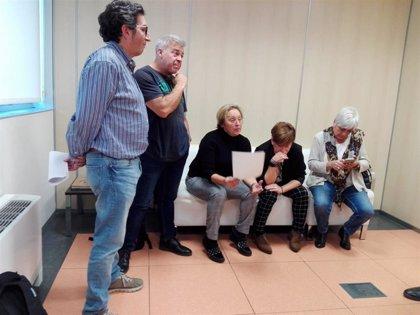 """CCOO, CSIF y UGT se encierran en el Salud por el """"desprecio"""" del Gobierno de Aragón a la negociación colectiva"""