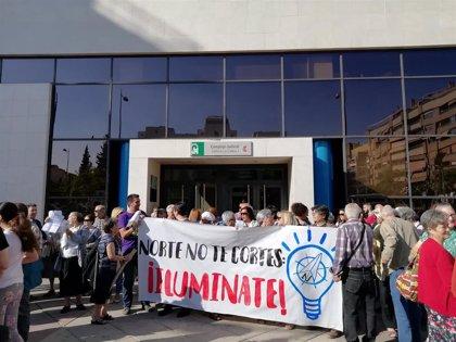 La demanda vecinal contra los cortes de luz en la zona norte de Granada llega este viernes al juzgado