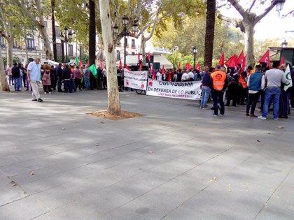 El comité de Tussam suspende la protesta convocada y pide una reunión con Espadas ante el anuncio de Adelante
