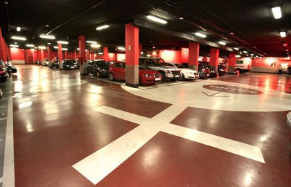 Las 17 pantallas con información sobre la ocupación de los aparcamientos del centro se activan este viernes