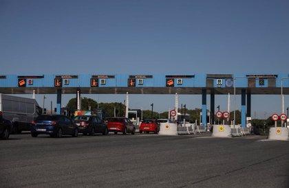 Fomento licita las concesiones para la gestión de las áreas de servicio de la autovía AP-4