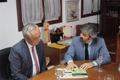El nuevo embajador de Japón en España visita Coria en su primer viaje oficial