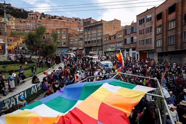 Marcha de partidarios de Morales desde Senkata a La Paz