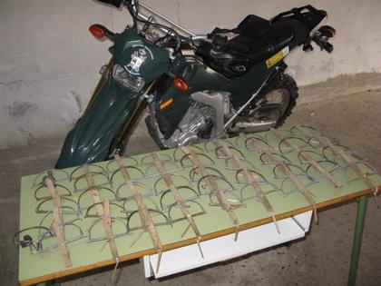 La Guardia Civil localiza 45 cepos de caza prohibidos en una finca de Cascante