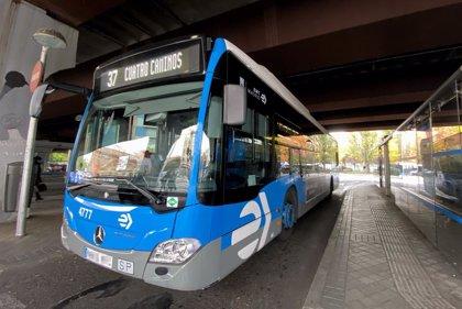 La huelga de autobuses de la EMT provoca retrasos y quejas entre los viajeros