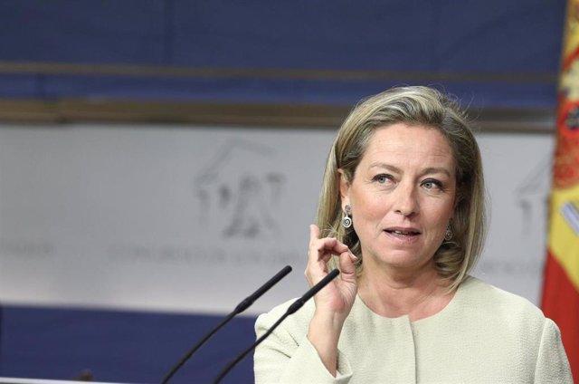 La diputada de Coalición Canaria, Ana Oramas, en rueda de prensa en el Congreso