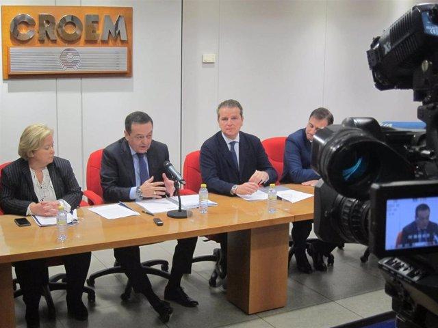 José María Albarracín, durante la rueda de prensa