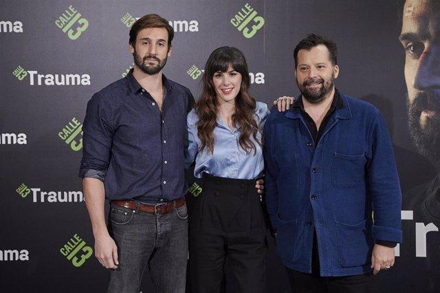 Fred Grivois, Guillaume Labbé y Alba Guilera en la presentación de 'Trauma'